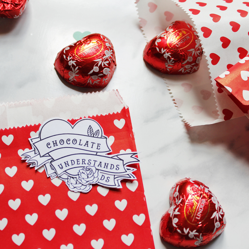Happy St. Chocol...ehm, Valentine's day!!! Free printable (cards + stickers)