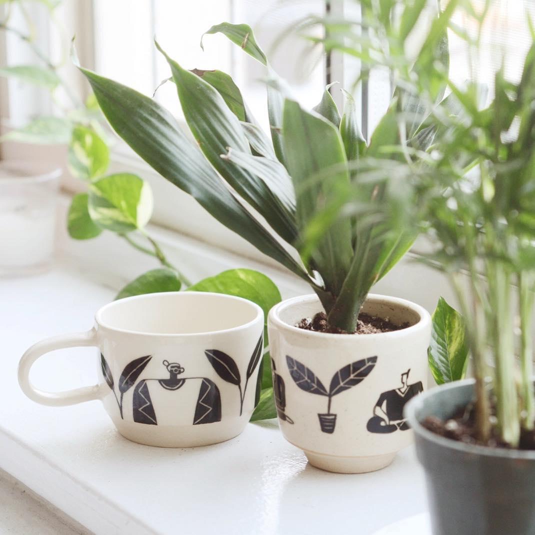 ceramic planter by miri orenstein