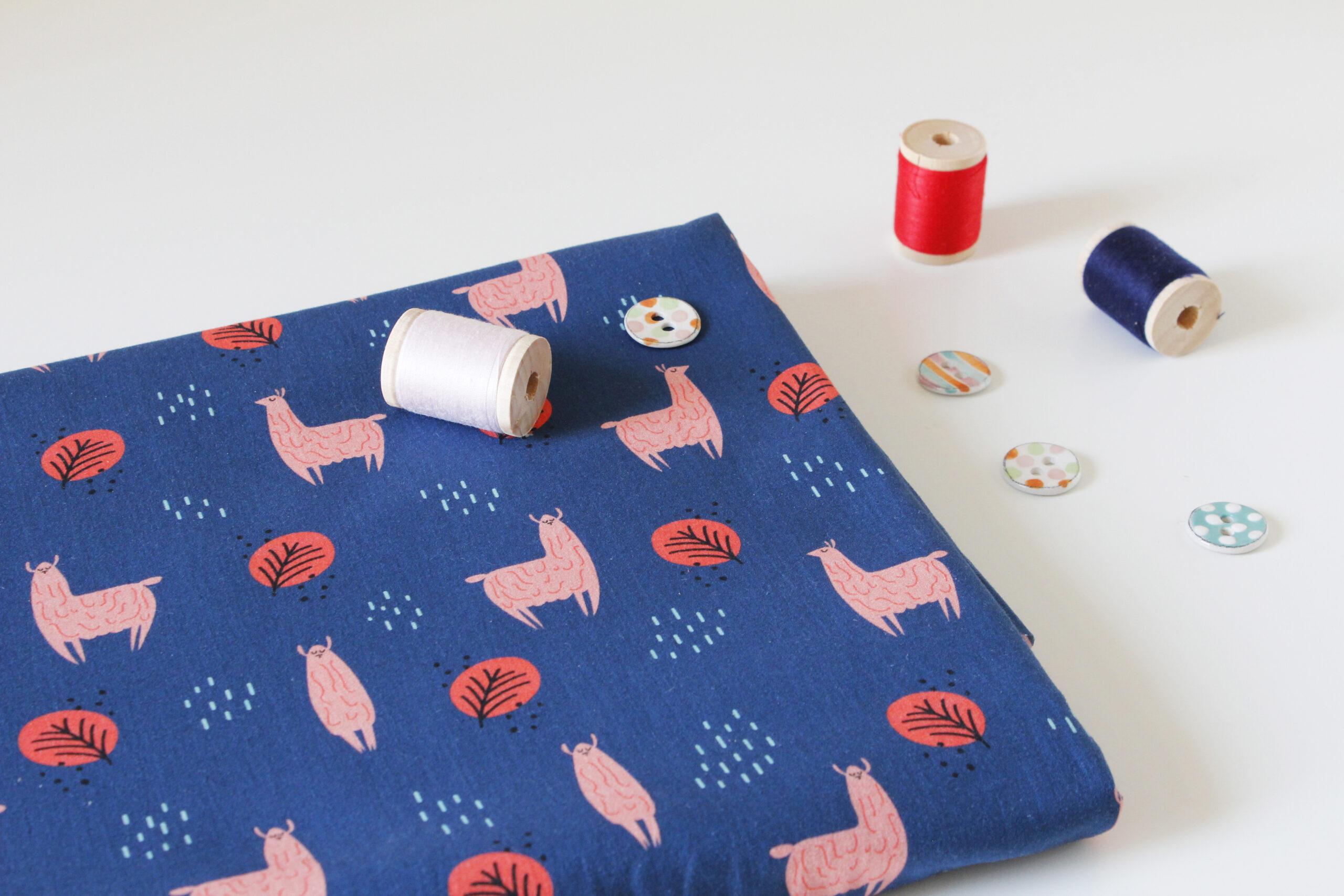thellamas-llama-fabric-tessuto-poplin