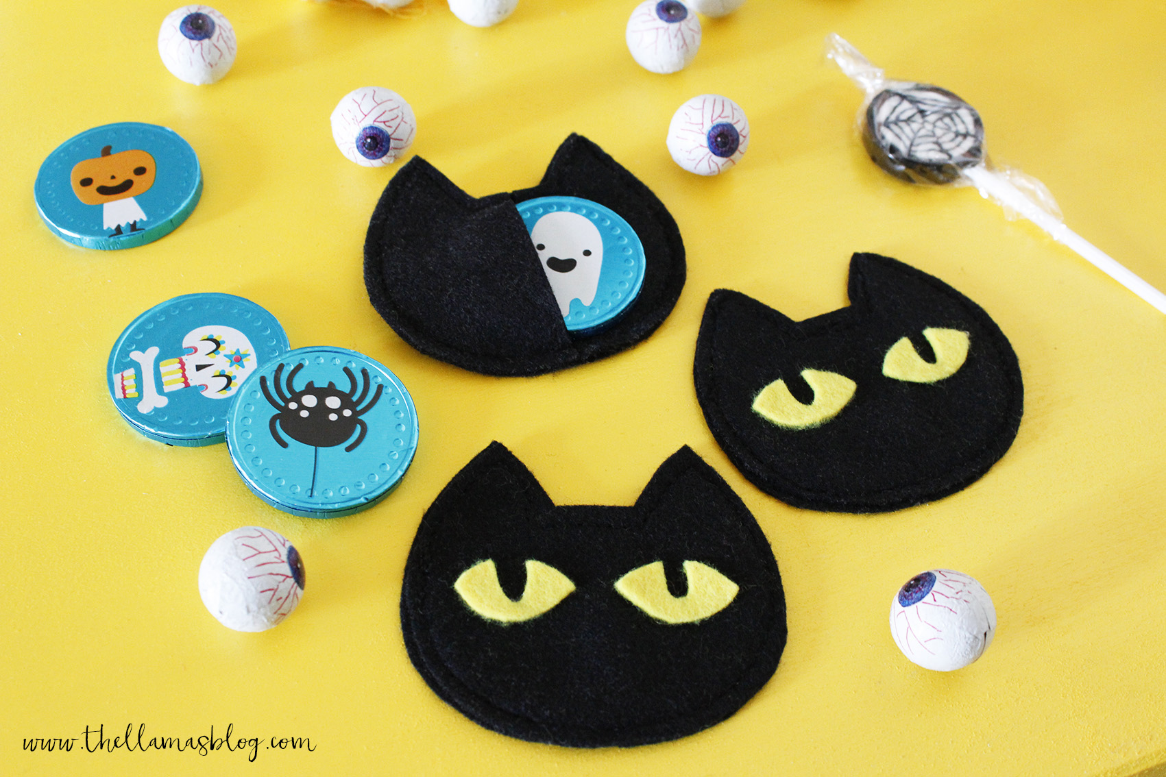 The_llamas_blog_Halloween_cat_treat_bags_6_thellamas